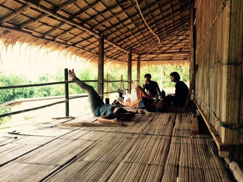 ひんやりした感触が得難い竹の床